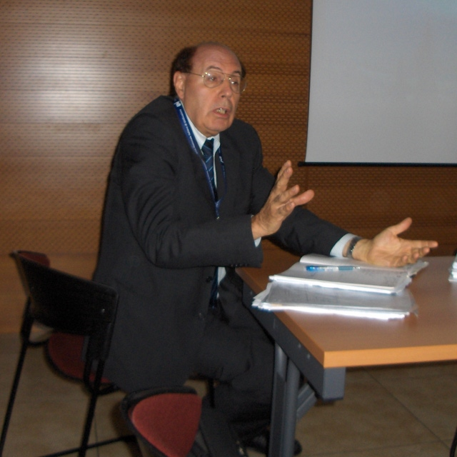 The new Chairman of CEN TC 319 for a period of three years starting on 2010-10-11:<BR>  Mr. Franco Santini (IT).
