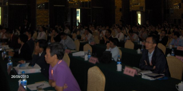 More than 500 participants followed the Congress.
