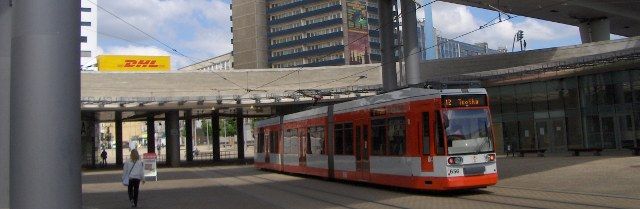 Halle: A modern town - Line 12 from the railway station to Halle-Trotha (10' walk away from SLV).